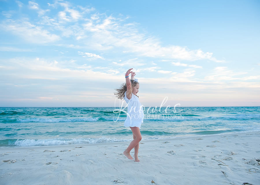 Childrens photographer in Destin beach